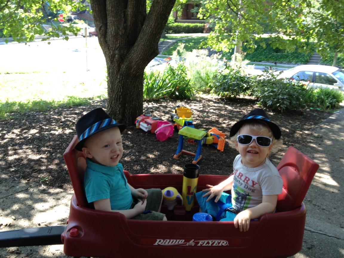 kids in wagon